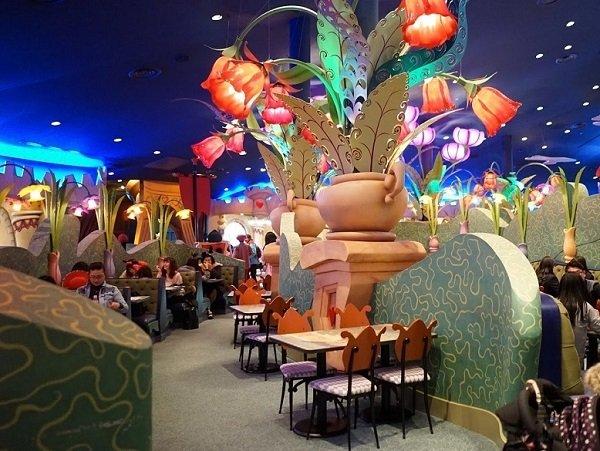 A fairy-tale interior creates a magic atmosphere for children.