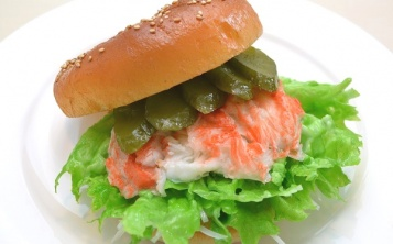 Cost of fake «Burger with crab meat» 148$
