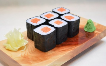 The price of the Maki Roll replica is $ 18/1 pc.