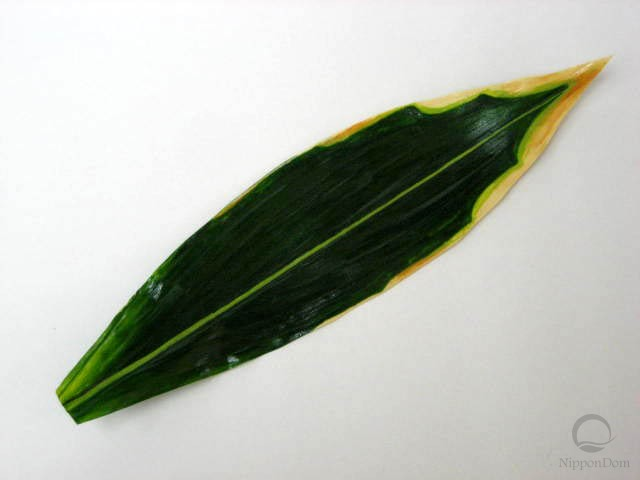 Striped bamboo leaf (31 cm)