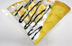 Fake pancake with banana w. cream & chocolate