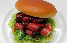 Муляж большого бургера с говядиной
