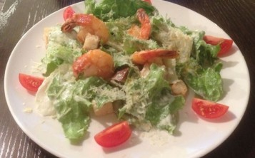 Caesar salad with Prawn