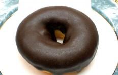 Муляж пончика «Шоколадное кольцо»-M