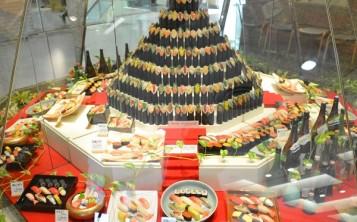 Такой потрясающий дизайн суши-бара вызывает аппетит у любого прохожего