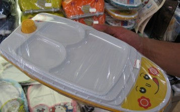 Plastic replicas of dishes - Ware for the children's menu