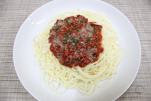 Pasta with meat sauce-3
