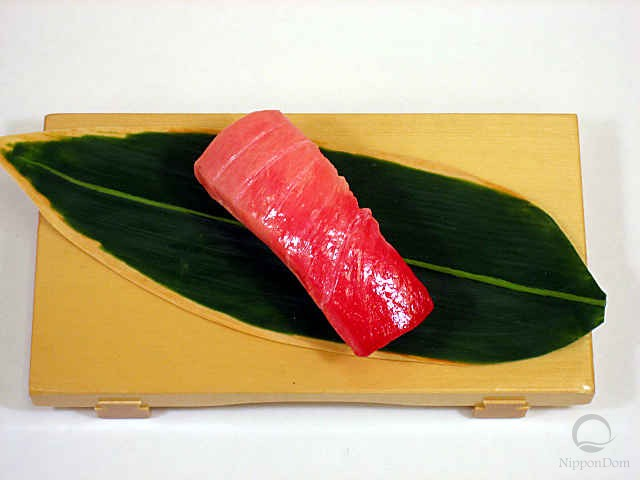 "Replica of sushi ""Tuna medium fat (1)"""
