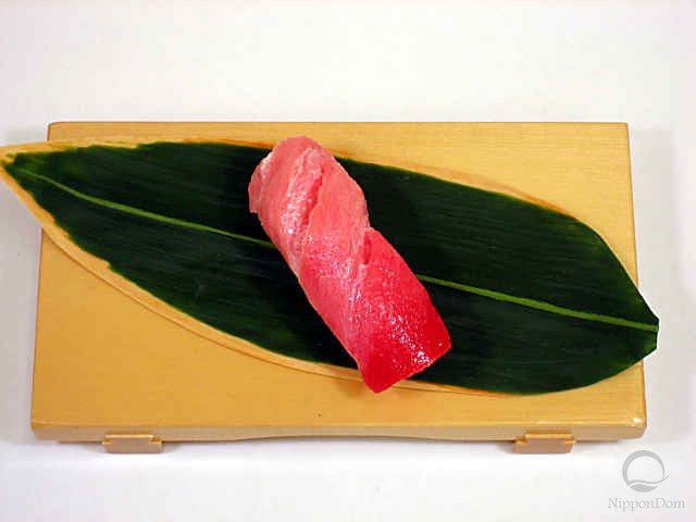 "Replica of sushi ""Tuna medium fat (3)"""