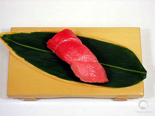 Replica of sushi Medium tuna-7