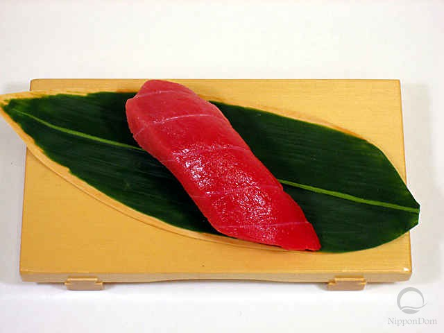 Replica of sushi Medium tuna-8