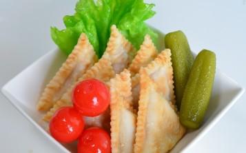 Replicas of semi-prepared foods