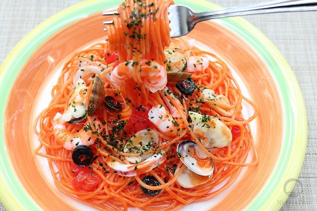 Replica of Spaghetti Pescatore on fork