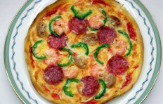 Salami and shrimp pizza (20 cm)-1