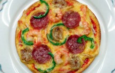 Salami and shrimp pizza (15.5 cm)
