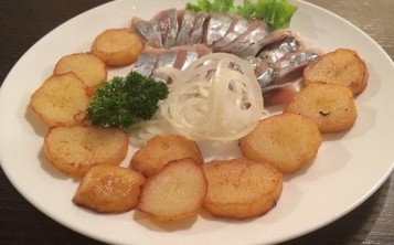 Herring with Fried Potatoes and Onions