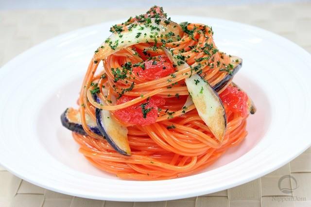 Spaghetti with eggplant in tomato sauce-2