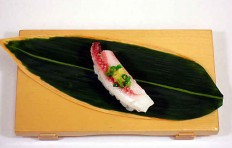 "Replica of sushi ""spice squid"""