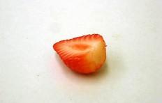 Strawberries (30/35/10)