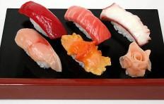 Муляж ассорти из суши-3
